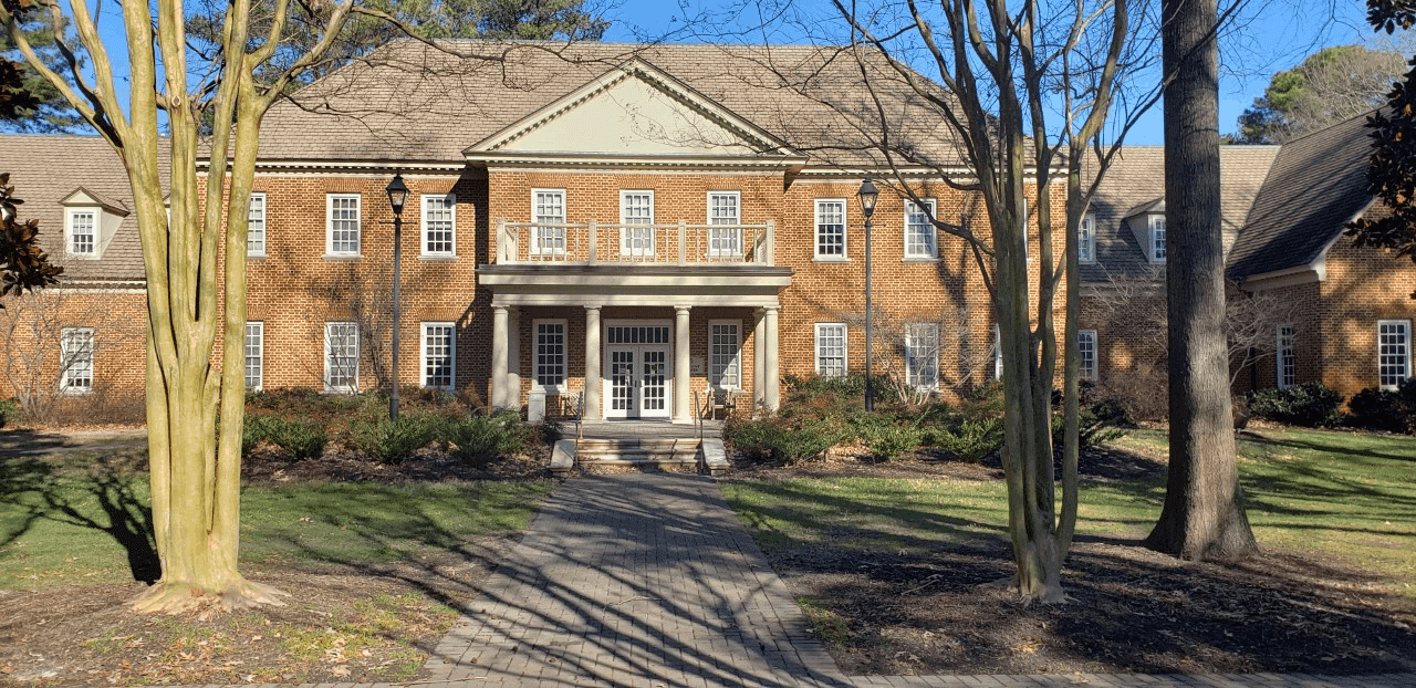 Regent University's Student Center, which houses The Ordinary Café.